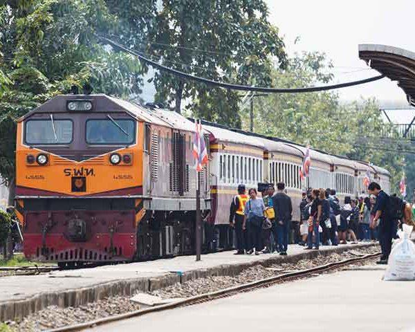ต้นกำเนิดรถไฟแห่งประเทศไทย